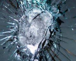 quem foi o inventor do vidro a prova de balas
